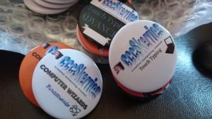 close up badges 2016